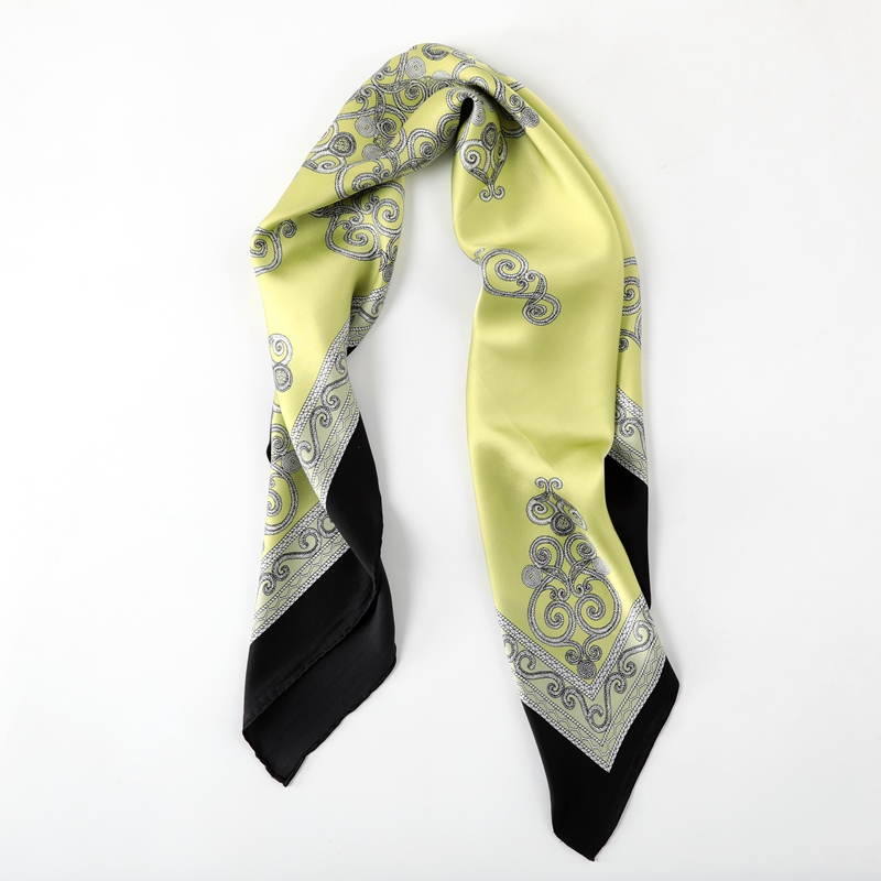 Light Defect Handling Apple Green Print 100% Silk Scarf Wraps Soft Smooth 105x89cm
