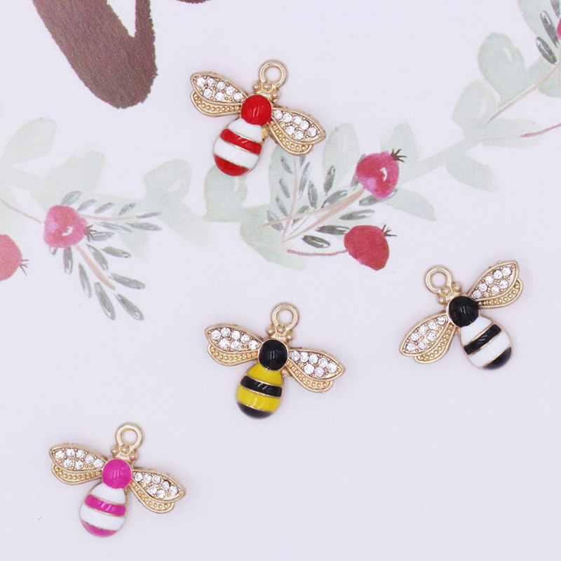 Engood 2018New 100Pcs Animals Bees Rhinestone Button for DIY Hair accessories or earring and necklace Pendants decoration BT110