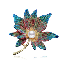 Enamel Large Maple Leaf Brooches Pins Women Multi Color Plant Pearl Badges Costume Jewelry Wedding