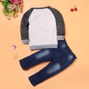 Image 3 - 春秋の男の赤ちゃん服セットファッション子供漫画の車のパターン Tシャツ + ジーンズ 2 ピース/セット子供服 2 3 4 5 6 年