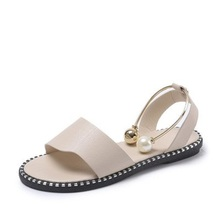 2019 new pearl sandals and slippers womens fashion trend flat simple outside wearing beach wild cool shoes