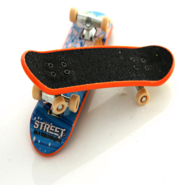 Alloy Stand  Mini Finger Skate Boarding Toys  60 colour decoration With Retail Box FingerBoard Children Gift