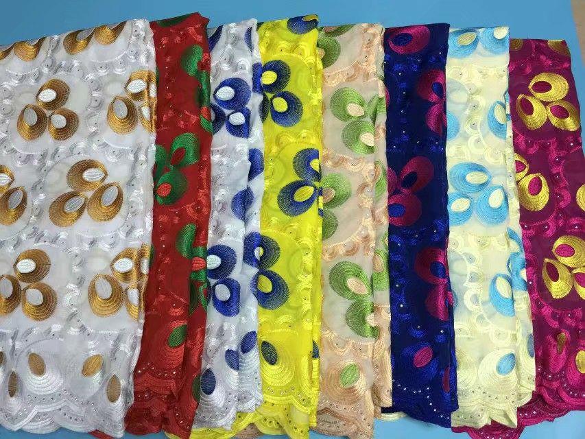 5 Yds/pc vendita Calda royal blu e fucsia ricamo africano tessuto di cotone con strass, merletto svizzero del voile per vestiti BC142 6-in Pizzo da Casa e giardino su  Gruppo 2