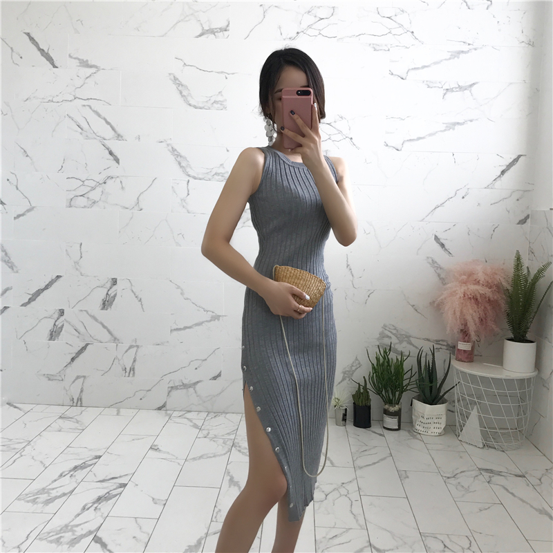 089bad11375 Summer Party Sleeveless Elastic Knitted Dress Women 2019 Sexy High Slit  Buttons Mid calf Bodycon Dress Black Slim Tank Dress-in Dresses from Women s  ...