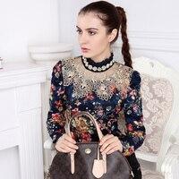 Nueva Blusa De Las Señoras Bordado de Manga Larga Slim Fit Gasa Partida Camisa de Cuello de Tortuga Hembra Floral Hollow Crochet Lace Top 2016