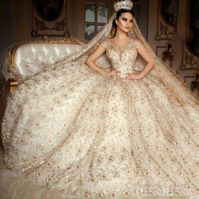 Saudi Arabia Scoop Wedding Dress Cap Sleeve Lace Beaded Gold Crystals Flower Ball Gown Dresses