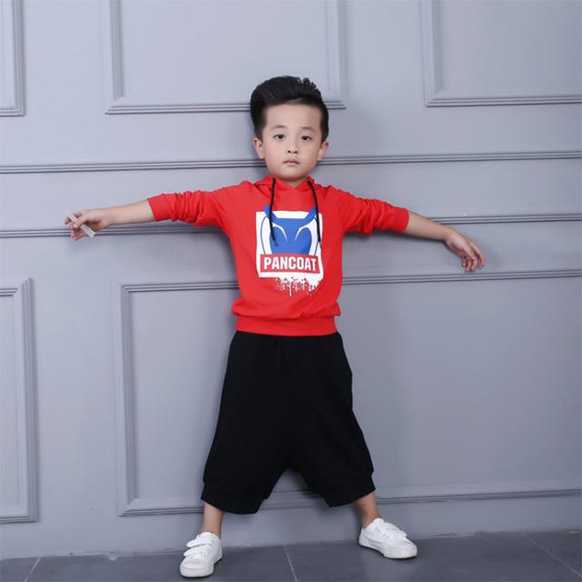 2016 Otoño Niño Niños Ropa Letra de la Historieta de Manga Larga Con Capucha Camiseta Ocasional de Los Muchachos Pullover Escudo Niños Tops Camisa Del Bebé 2-7Y
