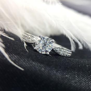 0.5 Carat Wedding 100% Moissanite Diamond Ring Genuine 18K White Gold D color 1