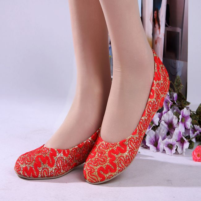 Red-lace-flat-wedding-formal-dress-shoes-marriage-wedding-shoes -shallow-gold-festive-red-women-s.jpg