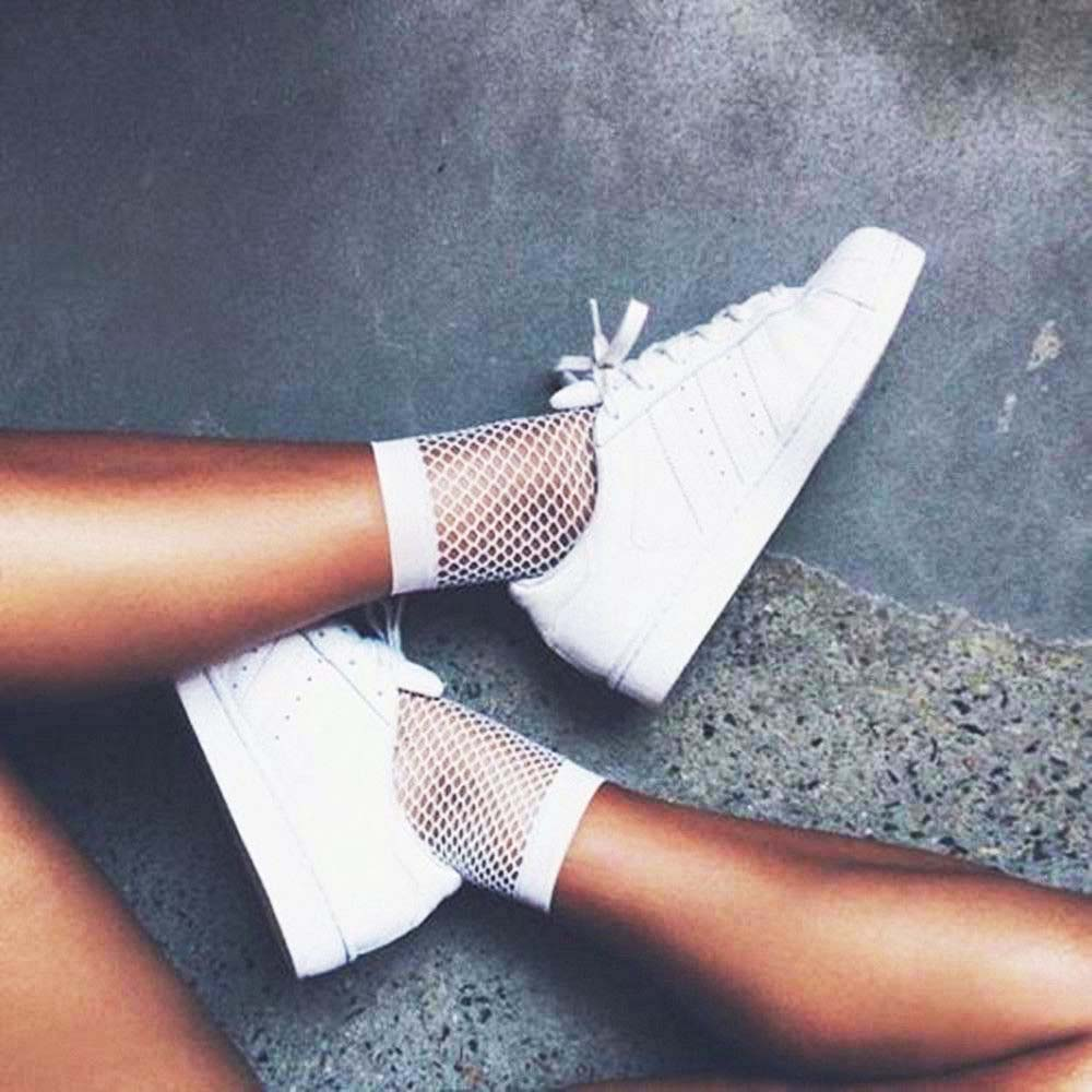 1pair Streetwear Breathable Casual Fishnet Socks Women White Sexy Hollow Nets Ladies Sweet Mesh Lace Socks Ankle-High Fashion