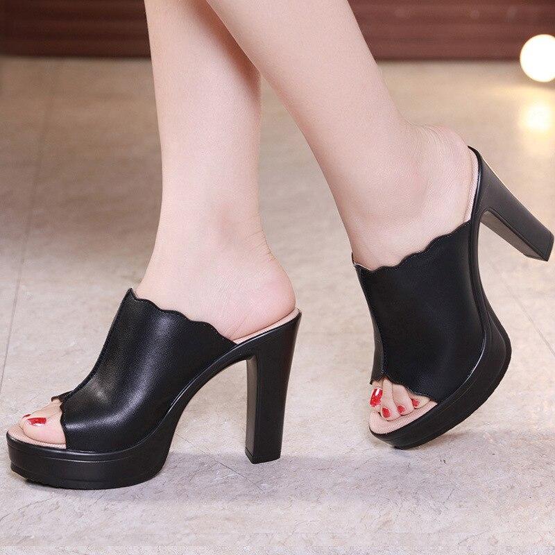 Плюс Размеры 33-43 с открытым носком кожаная обувь на платформе Летние тапочки женщина 2018 высокий каблук слайды Для женщин женские шлепанцы б...