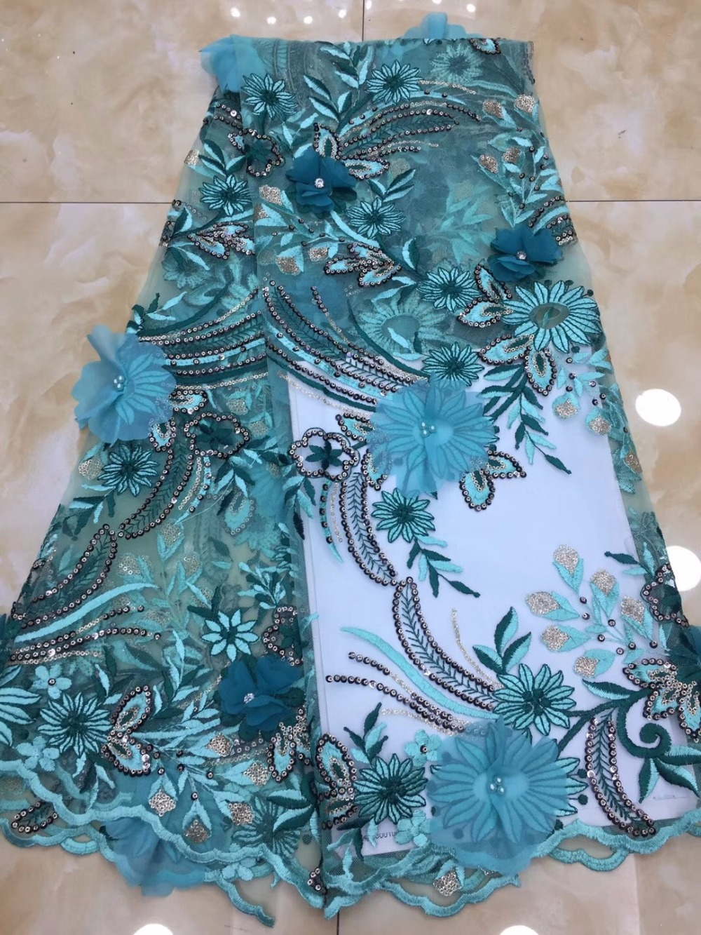 Latest Fashion Nigerian French Lace Fabric Fashion African Tulle Mesh Fabric For Wedding African Lace Material With Beaded
