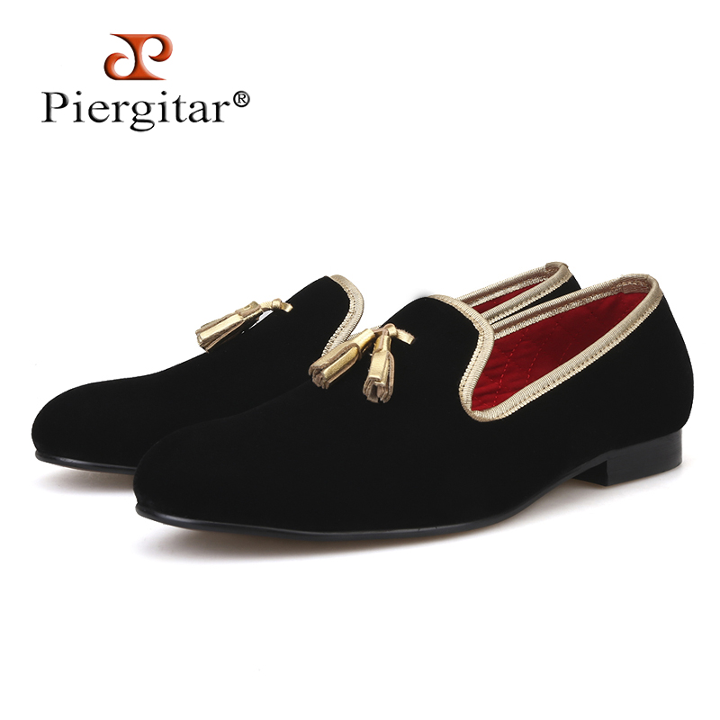 Piergitar 2018 Handcraft Men velvet shoes with gold tassel and gold stitching Prom and Banquet Men loafers plus size men's flats leisure men s loafers with hollow out and stitching design