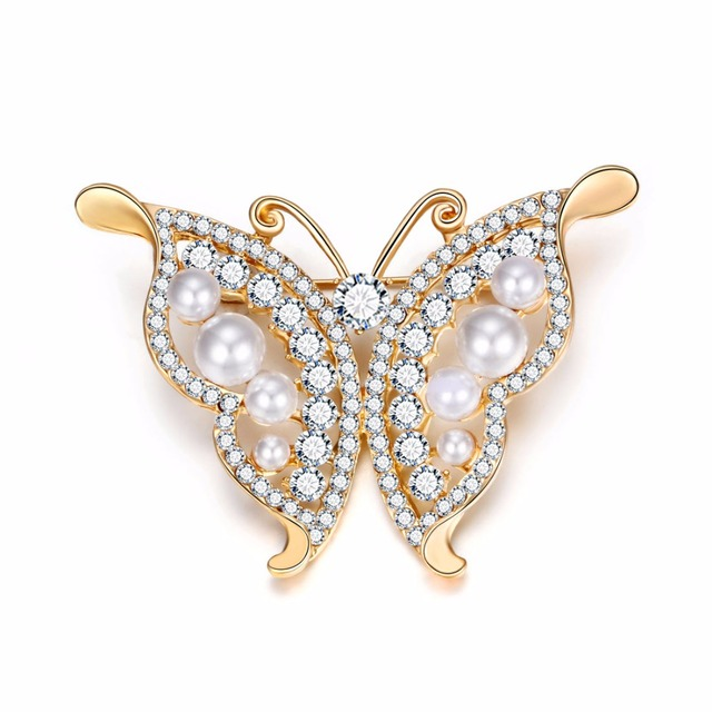 c7f7ea7db8f 2018 hot sale crystal butterfly and imitation pearl fashion gold silver  deer brooch for women of various designs