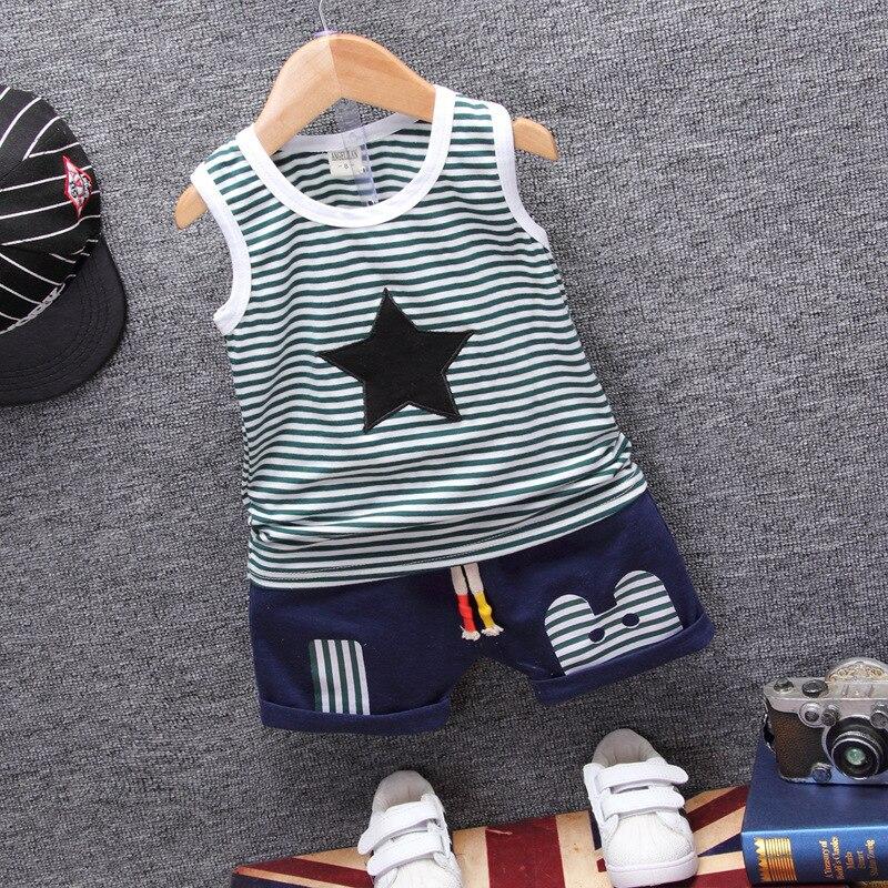 Новые для маленьких мальчиков Комплекты летней одежды Одежда для маленьких мальчиков полосатый пентаграмма Топы + Джинсовые шорты 2 шт. кос...