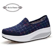 Новинка 2017 Модные женские туфли Повседневная Slip-On Удобные Женская Демисезонная обувь плоские легкие кожаные туфли на платформе Обувь для танцев синий