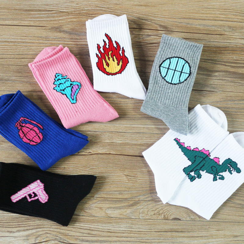Plus size Creative Korean Fun Dinosaur Cactus Flame Men Cotton Socks Costume Match Harajuku Personality Funny Socks Calcetines