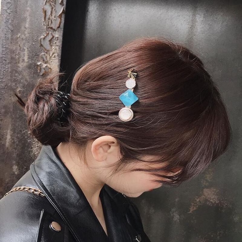 Temperament Side Hair Clips Vintage Hairpins Crystal Barrettes Bangs Clip For Women Girls Hairpins Hair Styling Accessories in Women 39 s Hair Accessories from Apparel Accessories