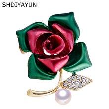 цена на SHDIYAYUN New Pearl Brooch Creative Rose Flower Brooch For Women Gold Brooch Pins Natural Freshwater Pearl Jewelry Dropshipping