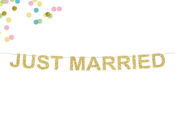 b303f895e79 US $6.99 |Free Shipping 1 X Glitter Gold JUST MARRIED Banner Wedding Party  Deco Supply-in Banners, Streamers & Confetti from Home & Garden on ...