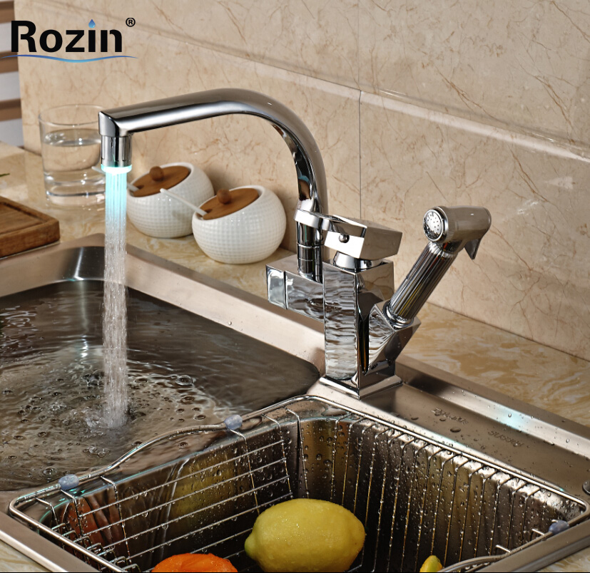 Polished Chrome LED Swivel Spout Kitchen Sink Faucet Pull Out Side Spray Mixer Tap Deck Mount