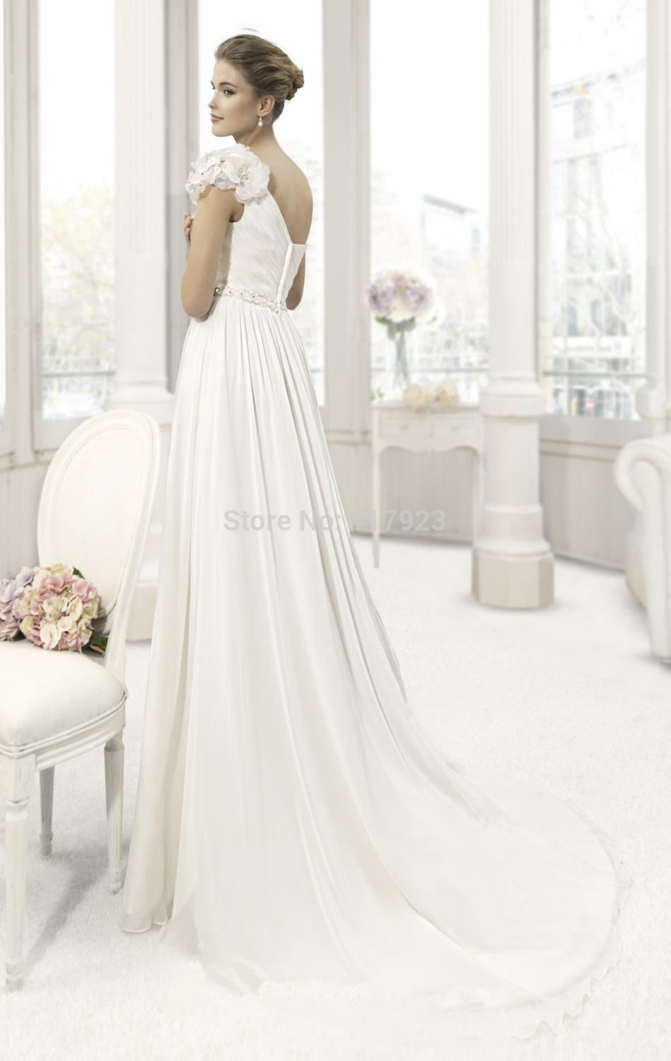 Off White Wedding Dresses Casual Beach Dress To Hire Uk High Street A Line Floor Length Court Train Flowers O 2015 In Stock From