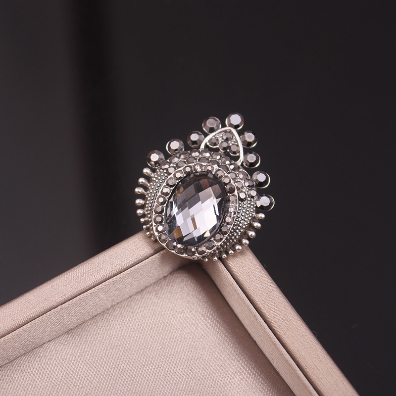 Ajojewel Vintage Crown Annel Grey/Dark Blue Crystal Ring For Women Shinning Black Rhinestone Jewelry Party Accessories