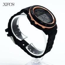 XFCS señora impermeable reloj relojes automáticos de pulsera digital para las mujeres digitais corriendo señoras reloj de silicona led nadar barato saat