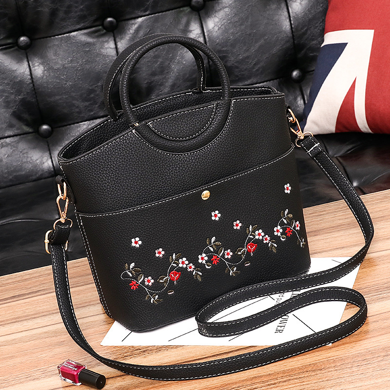 Women Leather Handbags Women Tote Bag Female pu Leather Shoulder Bag Women Embroidery Flower Handbag Ladies Hand Bags sac a main women leather handbags shoulder bag women s casual tassel tote bag female vintage handbags sac a main ladies hand bags