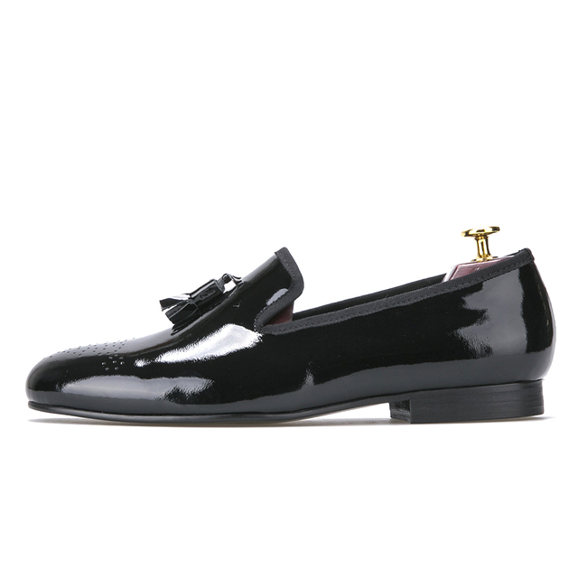 1b3f69d944e50 US $99.0 |Black Patent Leather Men Dress Shoes with Tassel Men Loafers Men  Flats chaussure homme men dress shoes leather-in Formal Shoes from Shoes on  ...