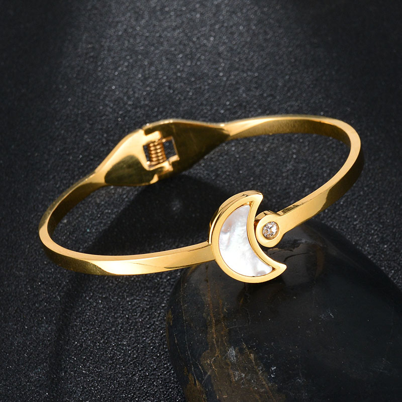 Top Quality Never Fade 316L stainless steel crystal bangle gold Color Crescent Shell Bracelet For Valentines Gift