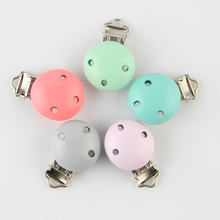5Pcs Candy Color Child Nipple Funny Pacifier Holder  Wooden Baby Pacifier Clips Holders Cute Pacifier Clasps