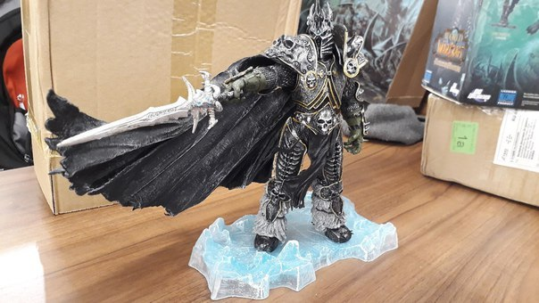 WOW Character FALL OF THE LICH KING ARTHAS ACTION FIGURE Model Toy 21CM