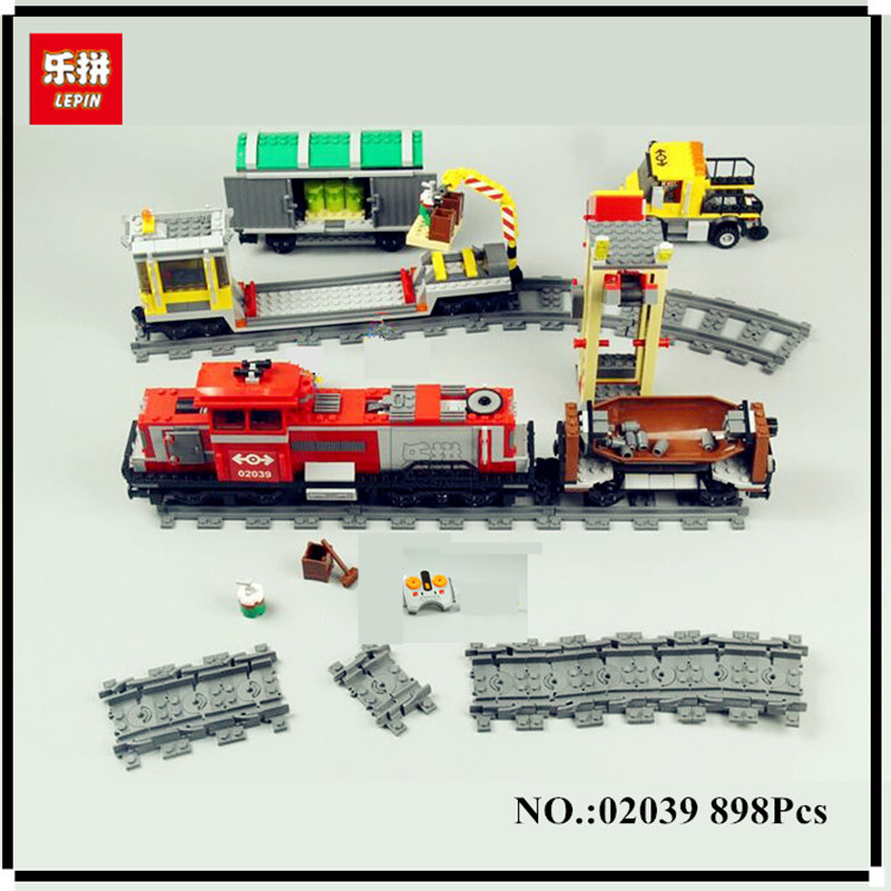 DHL Red Cargo Train Set LEPIN 02039 898Pcs New City Series Children Building Blocks Brick Educational Toys Model Gifts 3677 ynynoo lepin 02043 stucke city series airport terminal modell bausteine set ziegel spielzeug fur kinder geschenk junge spielzeug