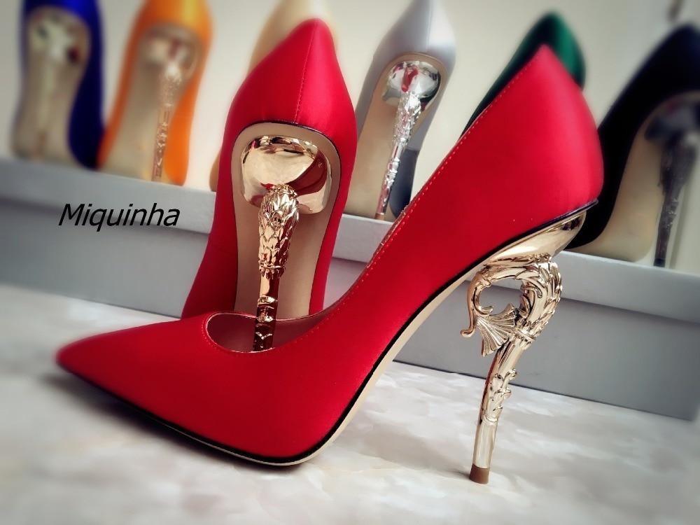 تصميم جديد براقة الحرير الأحمر عالية الكعب المرأة أنيق مدبب غريب كعب الانزلاق على مضخات الأزياء الضحلة اللباس أحذية الساخن بيع