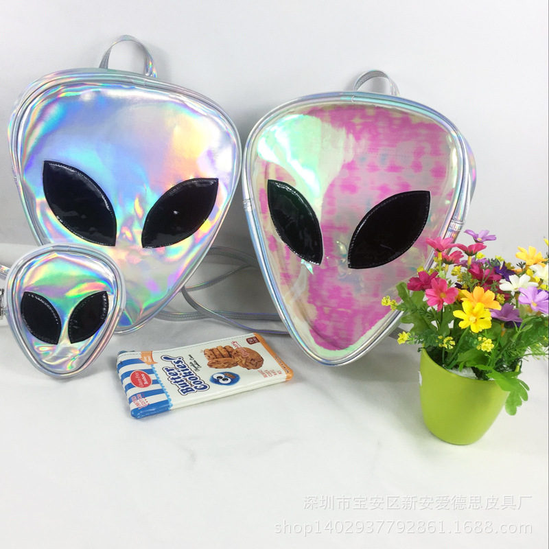 Laser Transparent Backpack Boys 3D Alien ET Head Face Designed Unisex Backpack Fashion Triangle Leisure Bag For GirlsLaser Transparent Backpack Boys 3D Alien ET Head Face Designed Unisex Backpack Fashion Triangle Leisure Bag For Girls