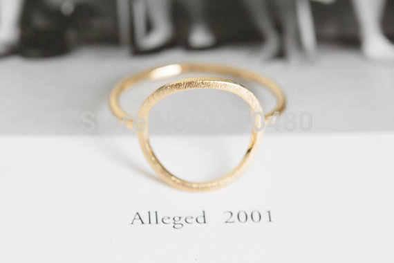 Oly2uเปิดรอบแหวนที่ไม่ซ้ำกันแหวนคู่ที่เรียบง่ายน่ารักของขวัญพรรคของขวัญหรูหราสาวแหวนสำหรับผู้หญิง