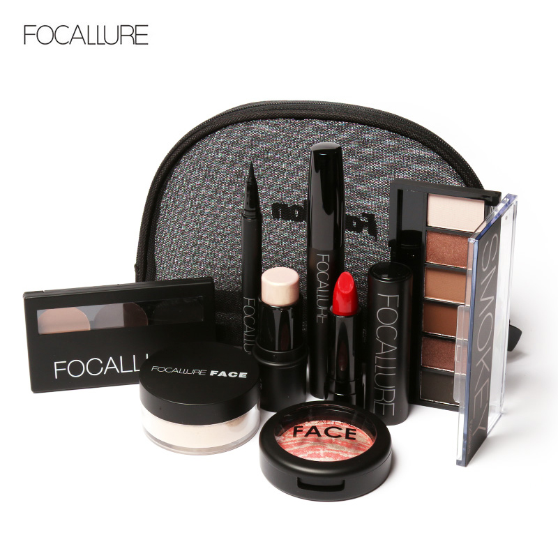 FOCALLURE Makup Tool Kit 8 PCS Must Have Cosmetics Including Eyeshadow Matte Lipstick With Foundation Eyeliner Makeup Set