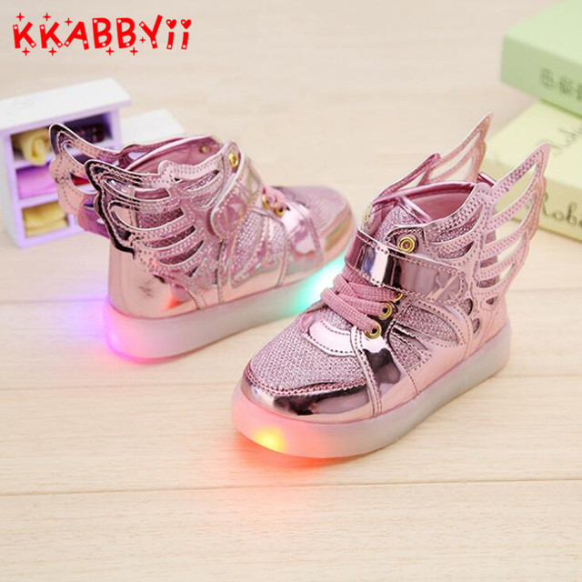 e90c89cdb9ed39 2018 New Fashion Kids Led Luminous Shoes Girl Boy Sports Sneakers With Wing  Kids Entertaining Casual