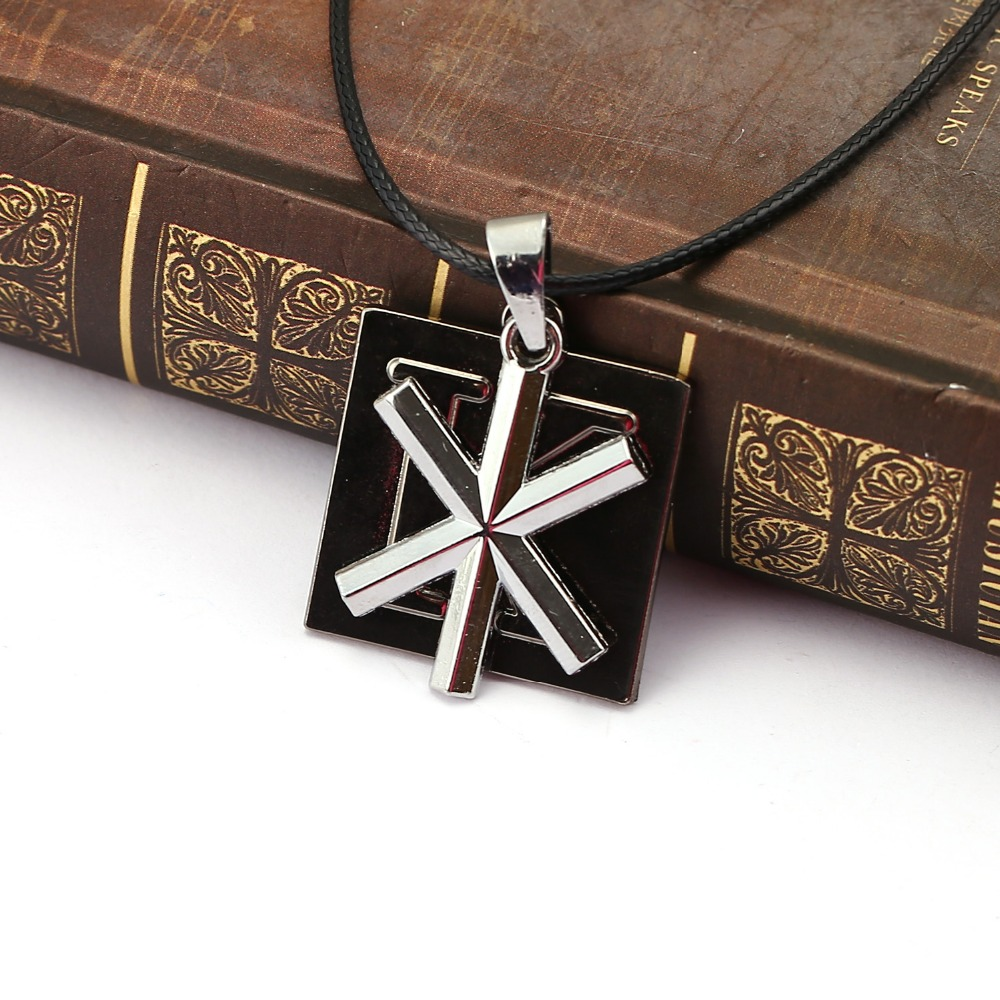 10pcs/lot Anime Cool pendant Necklace Square Letter K Pendant Cosplay Alloy Choker Necklaces Jewelry Men Birthay Gift for Men