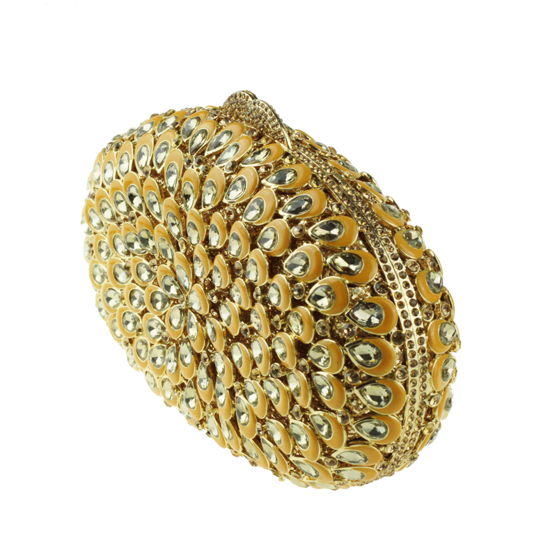 oval-shaped gold clutch bag3