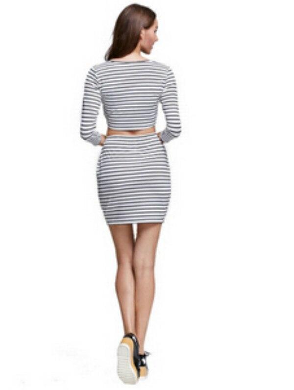 56ae5f50e Nova chegada verão conjuntos de roupas mulheres Sexy preto e branco  listrado camisa de manga longa Tops Mini saia Vestido Plus Size em Conjunto  feminino de ...