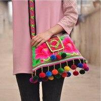 SıCAK satış Etnik Pamuk Kumaş Şakayık Işlemeli Omuz çantaları el yapımı boncuklu Ponpon Messenger çanta kırmızı/mavi/yeşil
