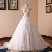 New 2017 Ball Gowns Wedding Dress Sleeveless O Neck Wedding Dresses Lace Body Pearls Sashes Real