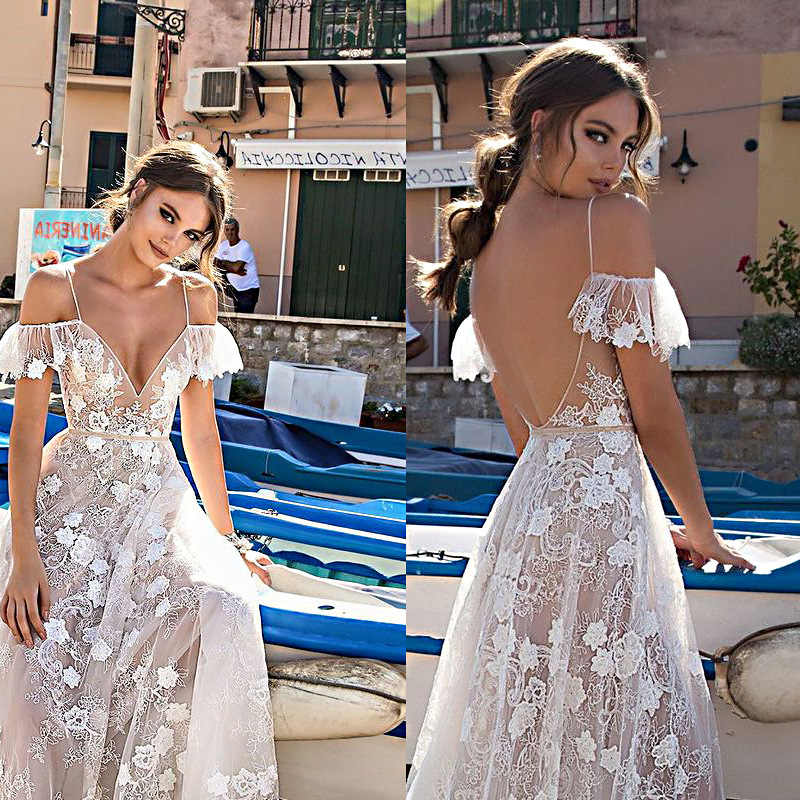 Robe De Bal Longue 2018 Prom Dresses Sexy V neck Flower Lace See through Backless Off Shoulder Women's Modern Gala Jurken