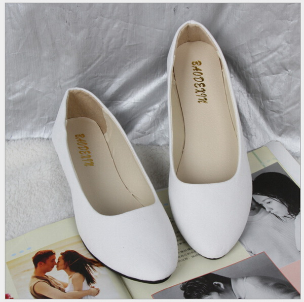 2017 fashion pointed toe single women flat shoes lighter candy colors for womens shoes big yards for womens shoes 43 20 Colors