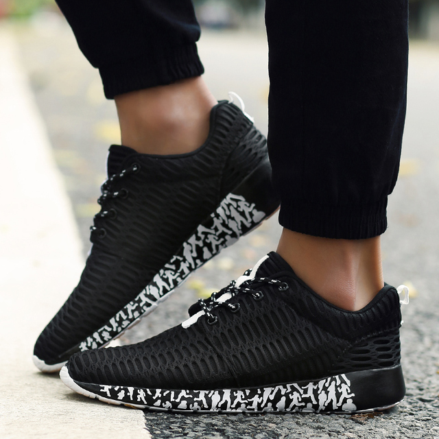 39-47 Big Size!!! Men Running Sneakers Lace Up Sports Shoes Outdoor Flats Summer Light Weight Aqua Mesh Breathable High Quality