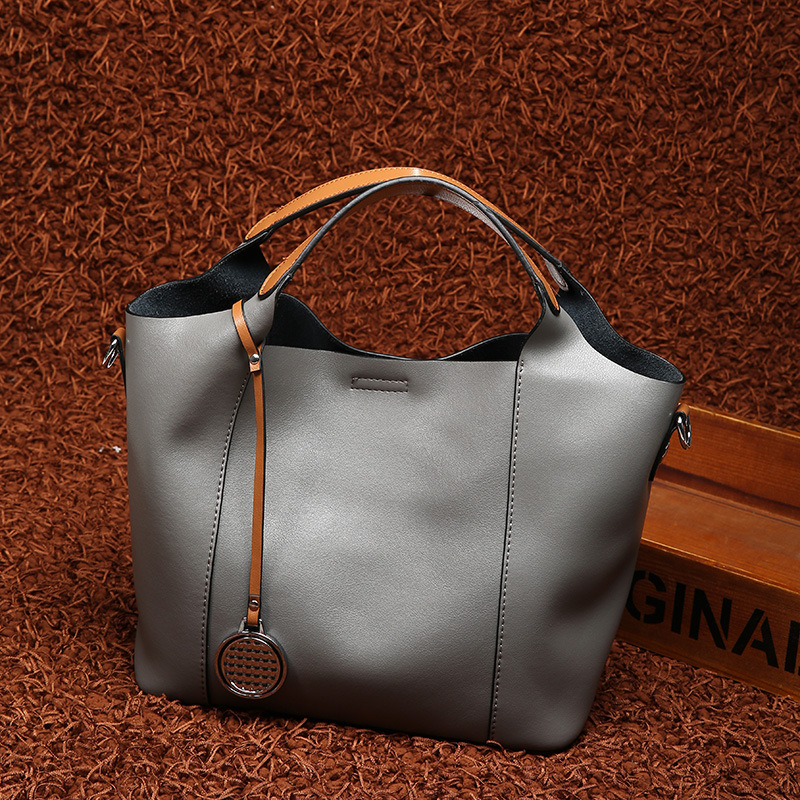 2018 new genuine leather Europe and the United States wind fashion cowhide tote bag ladies shoulder Messenger women's bag 2017 new leather handbags tide europe and the united states fashion bags large capacity leather tote bag handbag shoulder bag