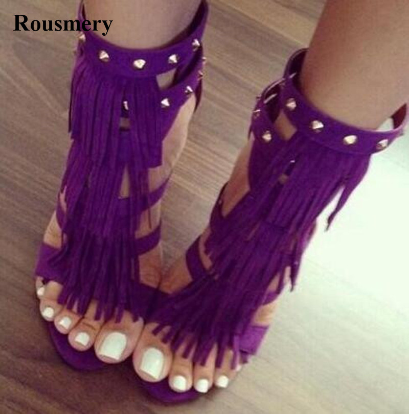 цена New Design Women Fashion Open Toe Suede Leather Tassels Design Spike High Heel Sandals Ankle Strap Rivet Gladiator Sandals