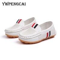 Delikli nefes Slip-on erkek loafer'lar İlkbahar yaz PU deri çocuk ayakkabı boyutu 21-36 kesimler erkek ayakkabı siyah  kahverengi  beyaz